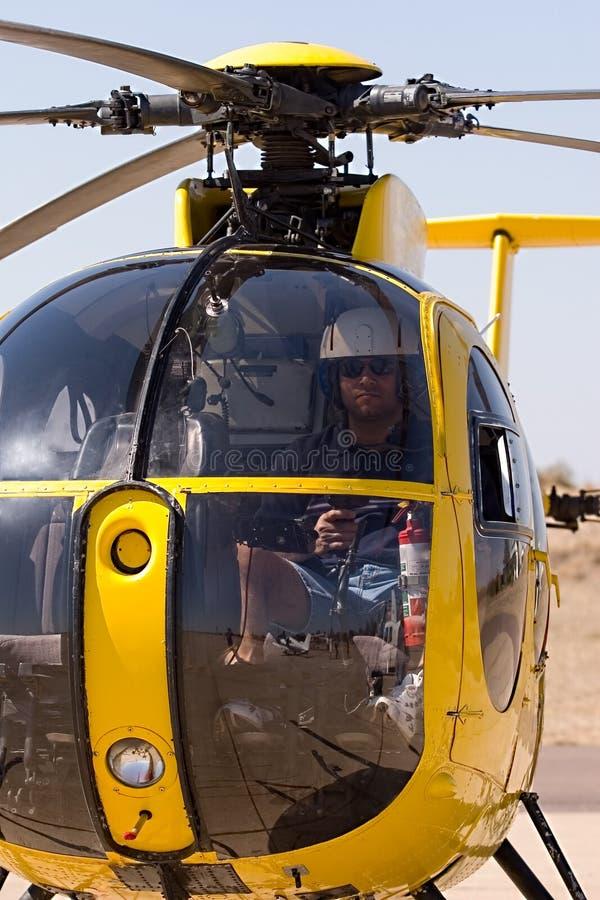 Piloto del helicóptero fotografía de archivo libre de regalías