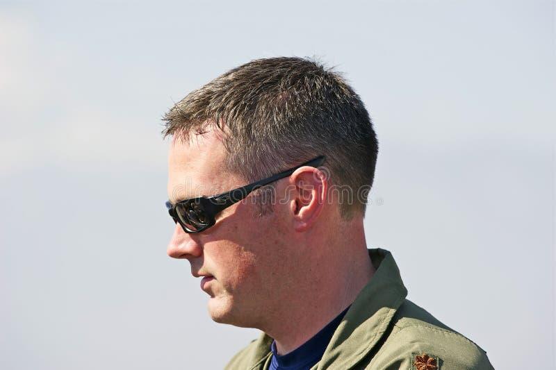 Piloto dos aviões de lutador táticos da ave de rapina de Lockheed Martin F-22 fotografia de stock
