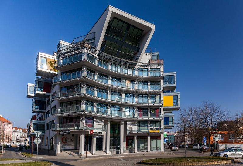 Pilsen, Tschechische Republik - 02/21/2018: Modernes haus- Büro cente lizenzfreies stockfoto