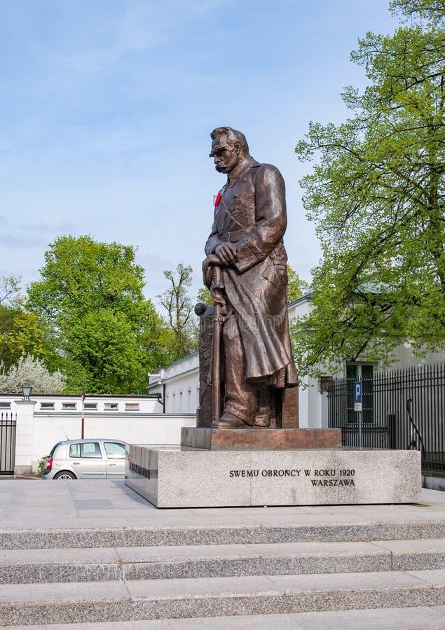 Pilsudski-Statue in Warschau, Polen lizenzfreie stockfotografie