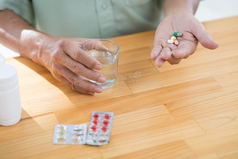 Pilules parlantes photos libres de droits