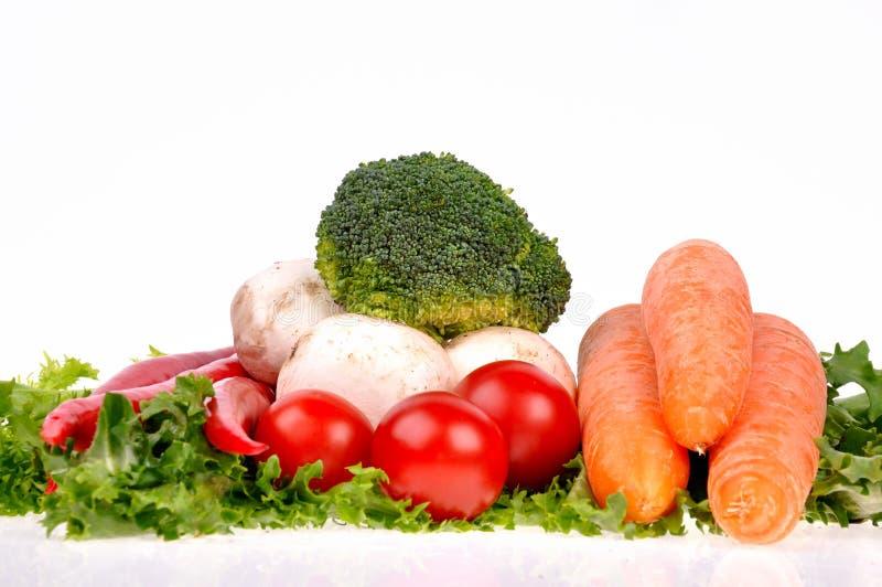 Pimienta de los musrooms de la zanahoria de la ensalada verde imágenes de archivo libres de regalías