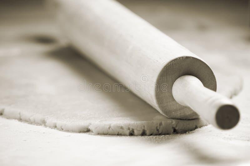 Pin de balanceo y pasta de la galleta imagen de archivo
