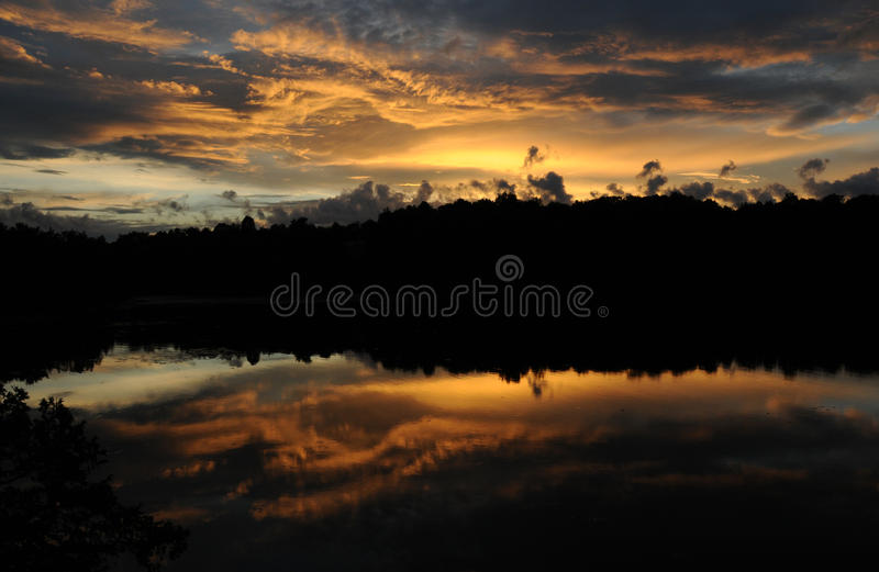 Pin de coucher du soleil image libre de droits