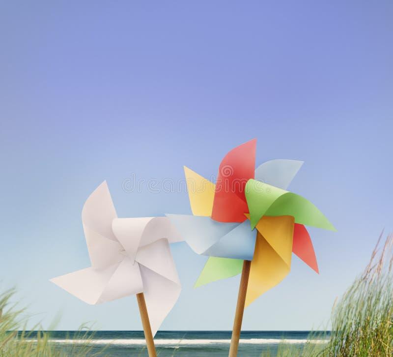 Pin Wheel Beach Summer Travel semestrar begreppet royaltyfri bild