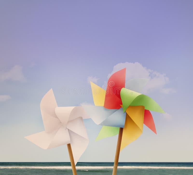 Pin Wheel Beach Summer Travel semestrar begreppet royaltyfri fotografi