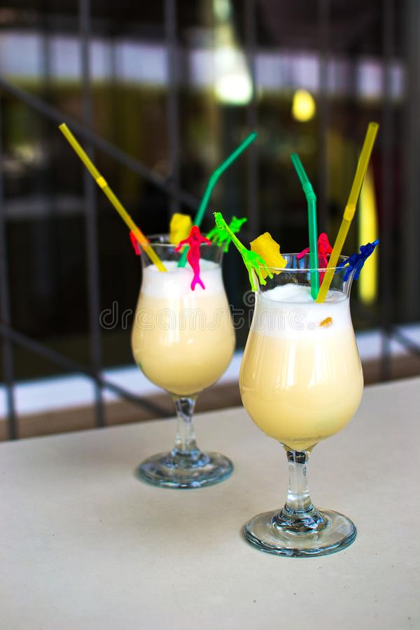 Pina Colada Cocktail congelée faite maison images stock