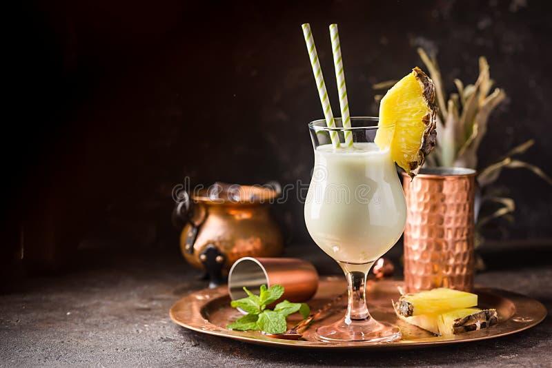 Pina Colada Cocktail congelada imagenes de archivo