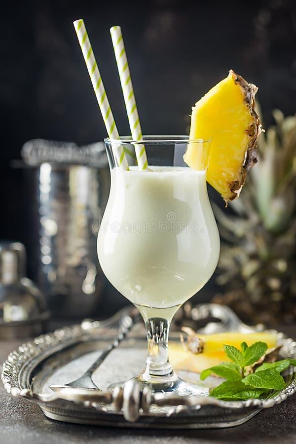Pina Colada Cocktail congelada imágenes de archivo libres de regalías