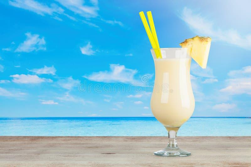 Pina Colada Cocktail photos stock
