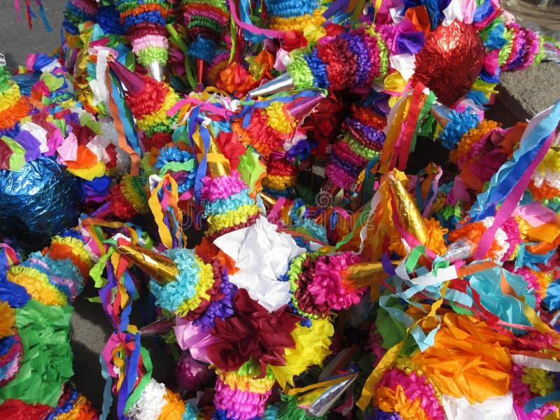 Pinatas coloridos en venta en Chilpancingo México fotografía de archivo libre de regalías