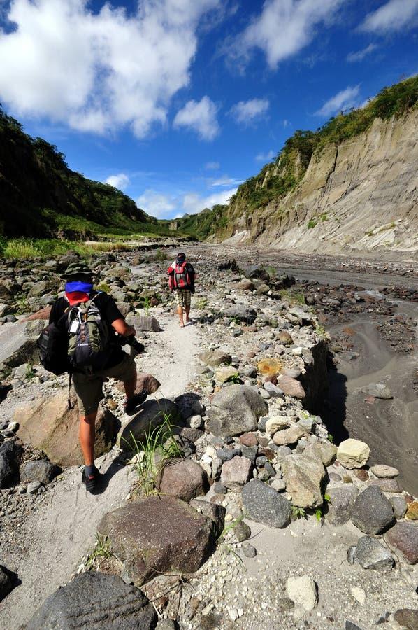 pinatubo för klättraremonteringsberg arkivbild