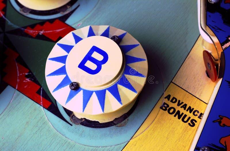 Pinball maszyny ` b ` zderzak fotografia stock