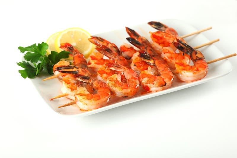 Pinchos del camarón con la salsa de chile dulce del ajo imágenes de archivo libres de regalías