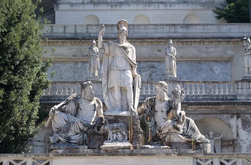 Pincio大阳台、女神罗马在台伯河之间和阿涅内河, Piazza del Popolo在罗马 免版税库存照片