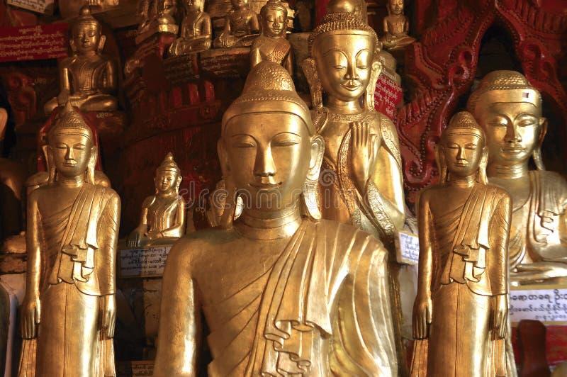 pindaya s myanmar подземелья 8000 Будд стоковая фотография rf