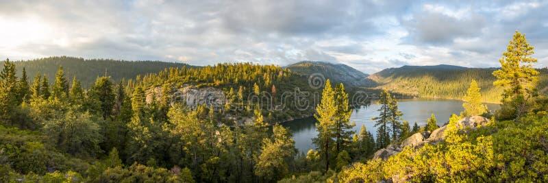 Pinecrest sjö royaltyfria foton