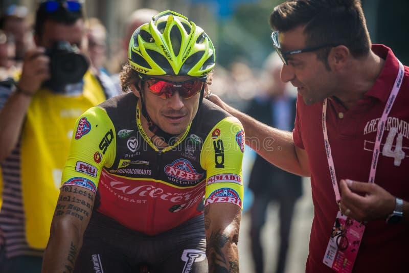 Pinerolo, Italie le 26 mai 2016 ; Filippo Pozzato après la finition de l'étape photos stock