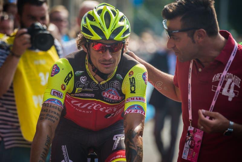 Pinerolo, Italie le 26 mai 2016 ; Filippo Pozzato après la finition de l'étape image libre de droits