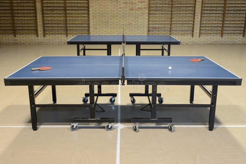 Ping-pong nella palestra fotografia stock