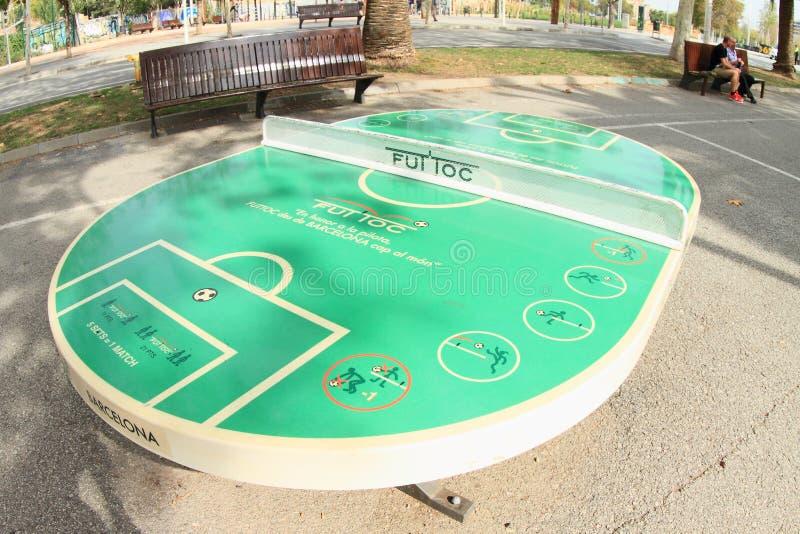 Pingpongowy stół w kształcie futbolowy boisko zdjęcie royalty free