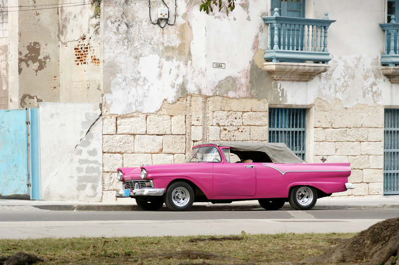 Pink cabrio in Havana royalty free stock photography