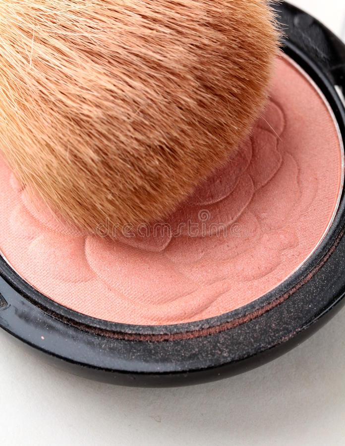 Pink Compact Blush With Brush Royalty Free Stock Photography