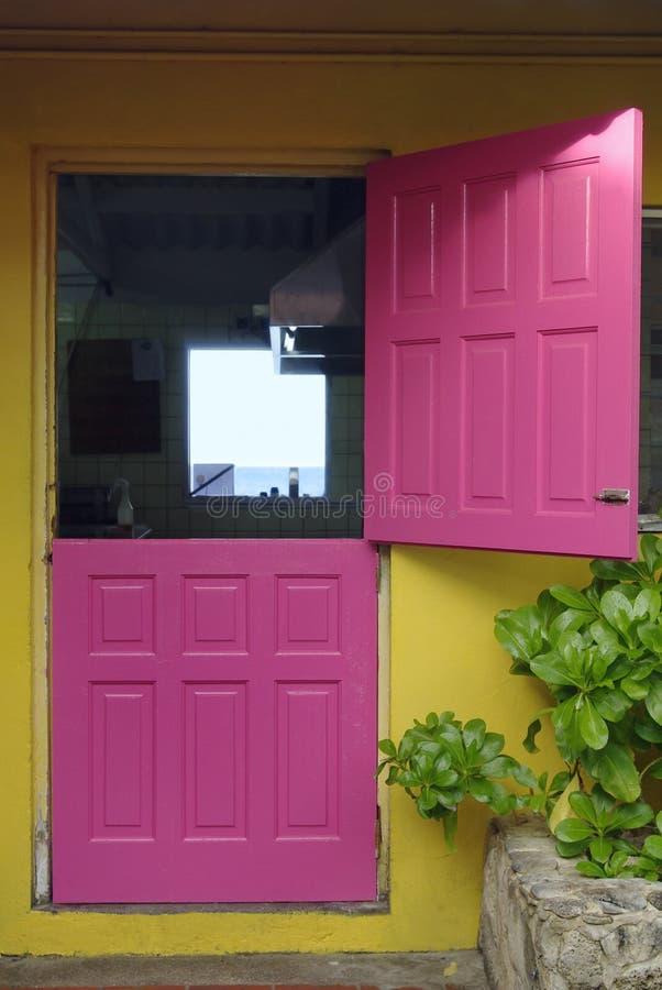 Free Pink Door Stock Photography - 8201982