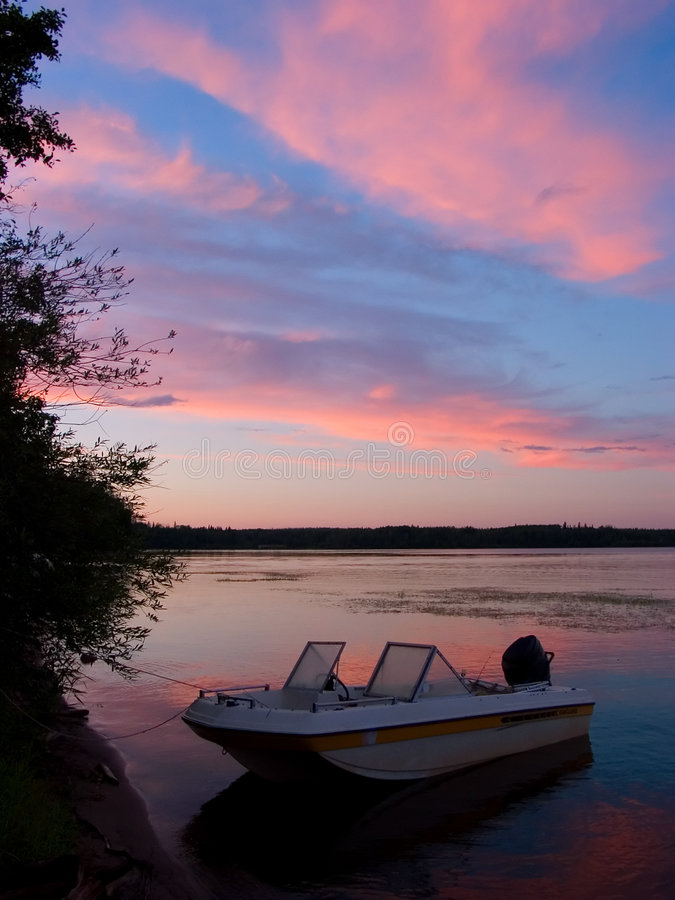 Download Pink Sky Morning Royalty Free Stock Images - Image: 524989