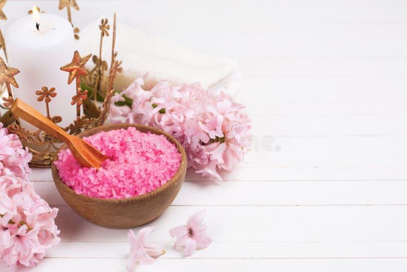 Pink spa en wellness het plaatsen royalty-vrije stock foto