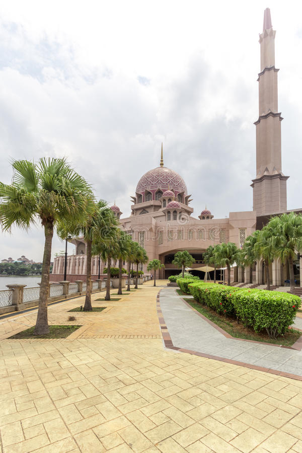Pink stonned putra mosque royalty free stock images