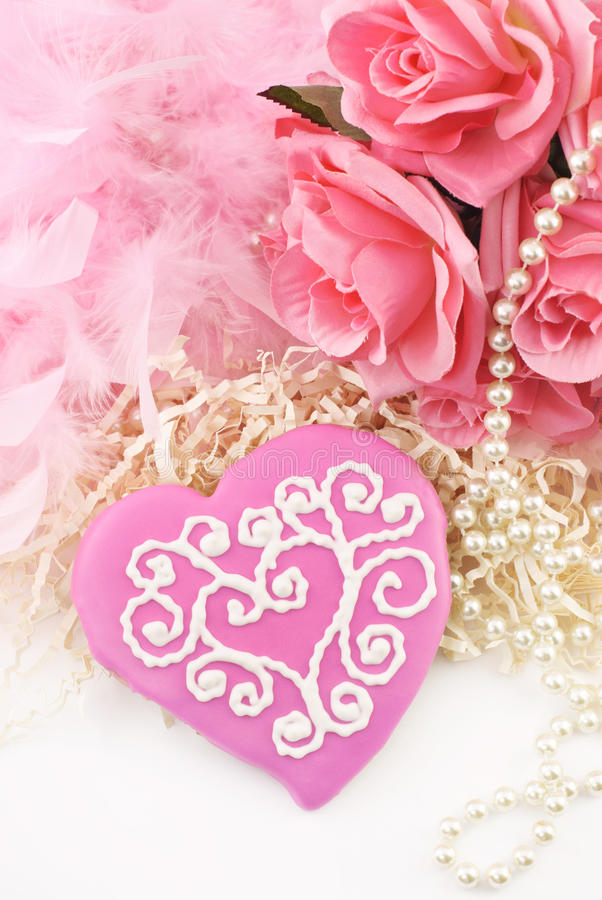 Free Pink Valentines Cookie Royalty Free Stock Photography - 18264707