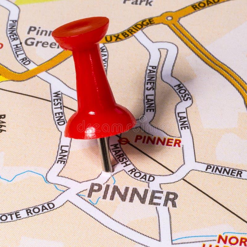 Pinner en un mapa del Reino Unido foto de archivo