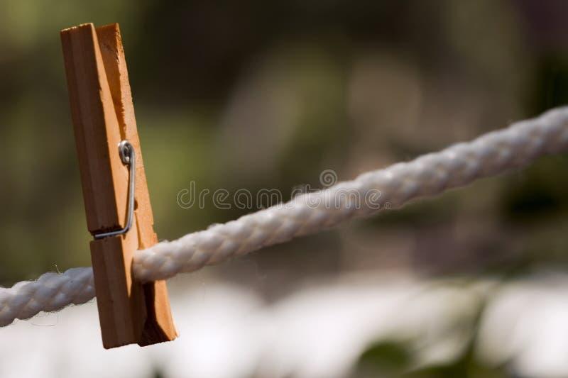 Pino de roupa de madeira 2 imagem de stock