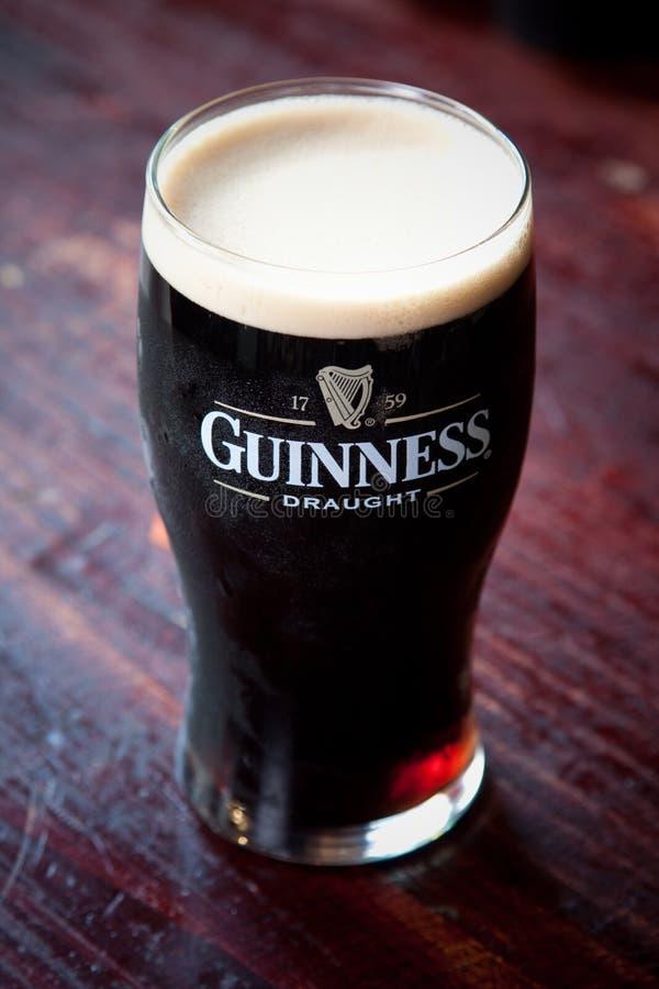 Pinta de Guinness imagens de stock