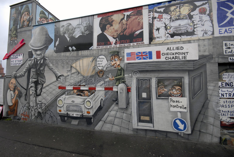Pintada del muro de Berlín fotografía de archivo
