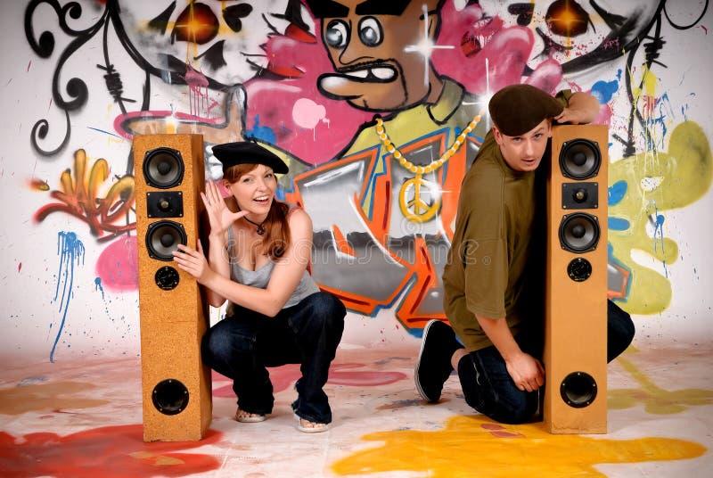Pintada urbana de los adolescentes imágenes de archivo libres de regalías