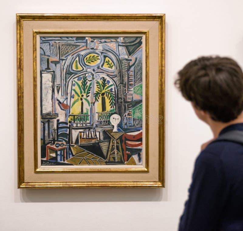 Pintando el Sudio de Pablo Picasso en Tate moderno, Londres imagen de archivo libre de regalías