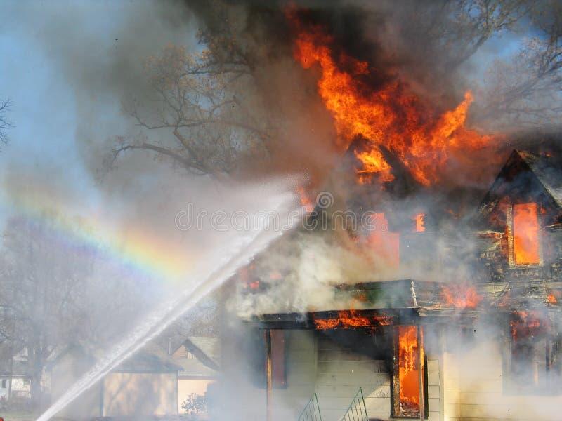 Rociadura de las llamas foto de archivo libre de regalías