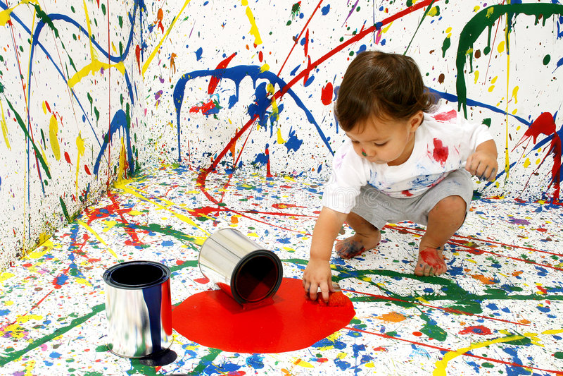 Pinte al bebé fotografía de archivo libre de regalías