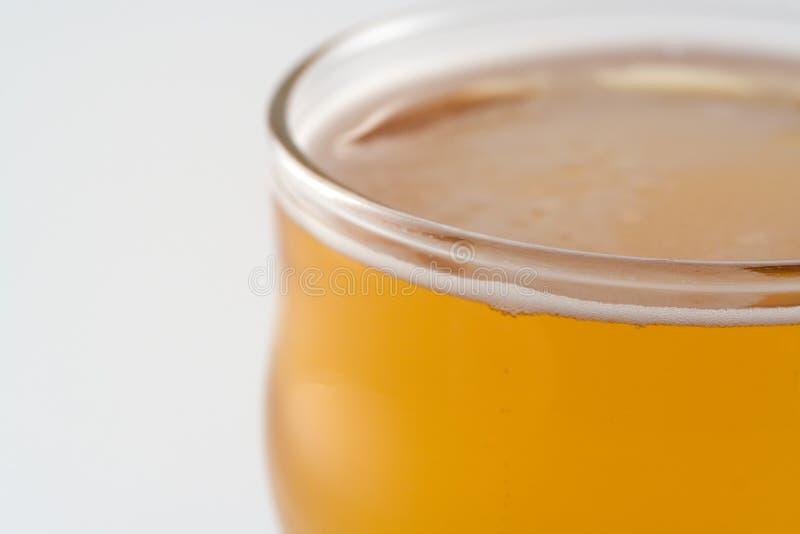 Pinte de bière blonde allemande image stock