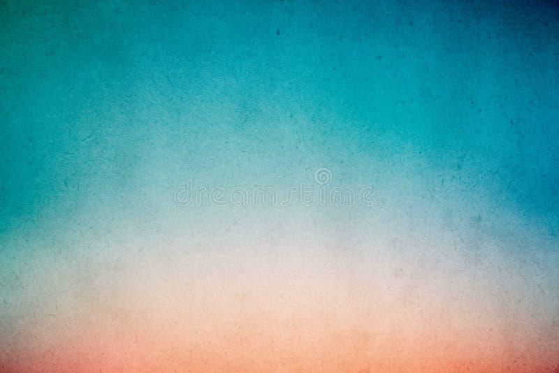 Pintura azulverde colorida de la acuarela de la pendiente en el papel viejo con el extracto sucio de la textura de la mancha del  fotografía de archivo libre de regalías