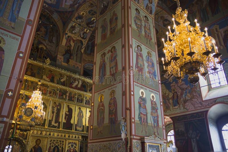 Pintura bonita da fé da igreja nas paredes fotos de stock