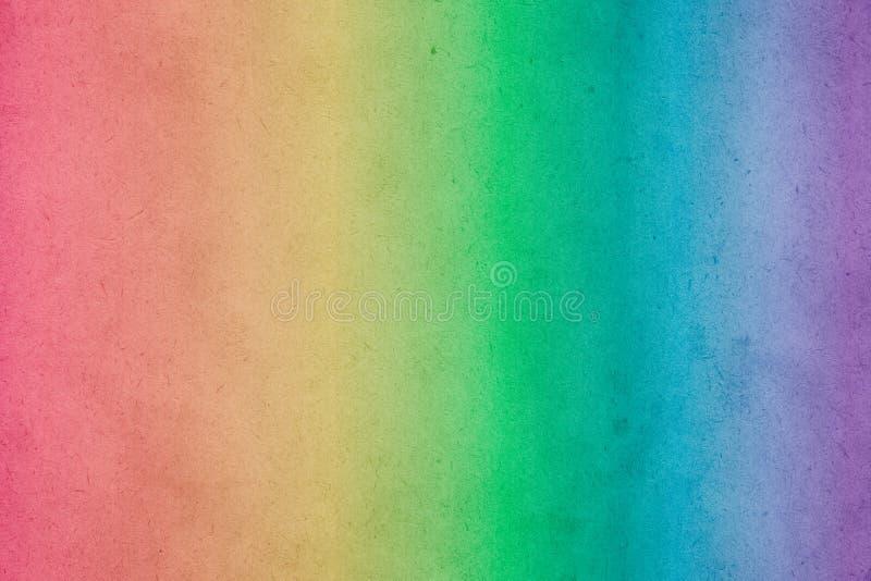 Pintura colorida da aquarela do inclinação do arco-íris no papel velho fotografia de stock royalty free