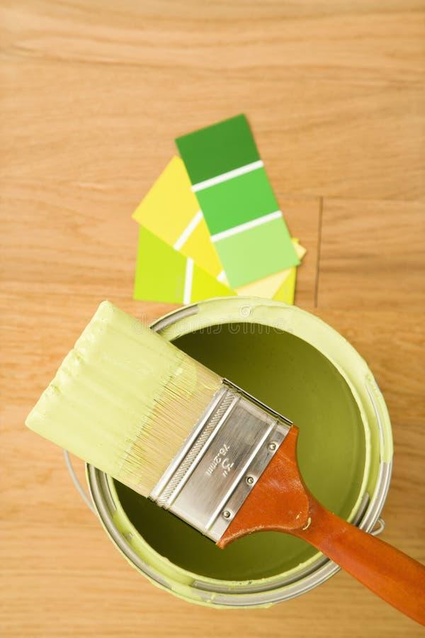 Pintura con muestras del color. imagen de archivo libre de regalías