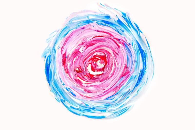 A pintura de óleo abstrata torcida círculo do fundo branco azul vermelho do rosa da textura acena líquido imagens de stock
