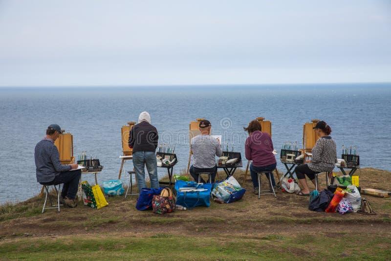 Pintura de paisagem e classe de arte imagens de stock royalty free