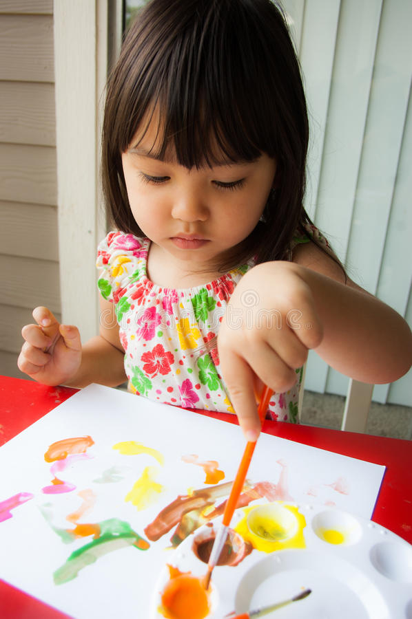 Pintura del amor del bebé fotografía de archivo libre de regalías