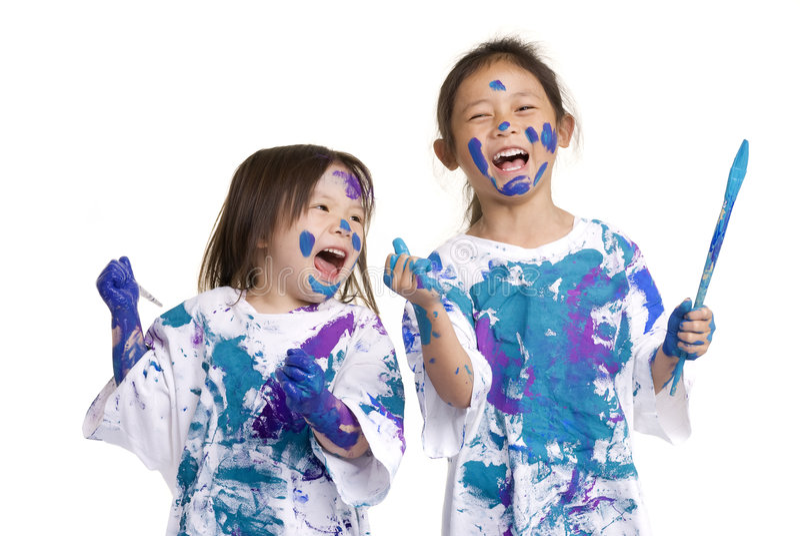 Pintura do assoalho das meninas da infância fotografia de stock