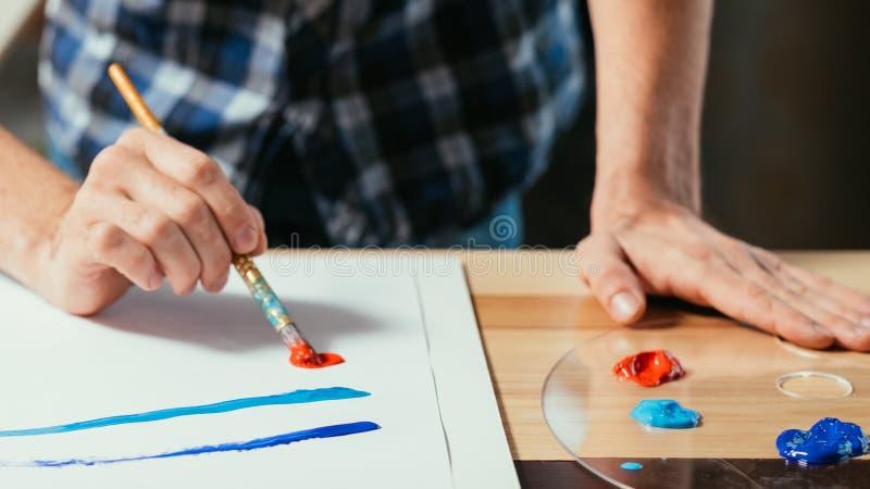 Pintura do desenvolvimento da habilidade da escola de arte moderna imagens de stock royalty free